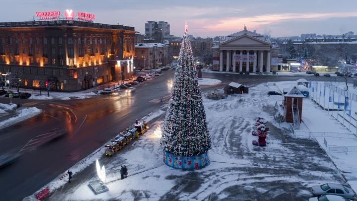 Деды Морозы устроят хоровод на квадроциклах и мотоциклах вокруг главной ёлки Волгограда