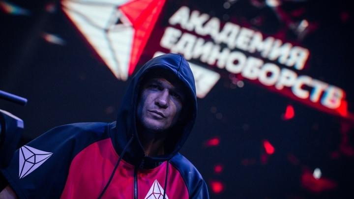 Детского тренера из Екатеринбурга номинировали на престижную федеральную премию в мире кикбоксинга