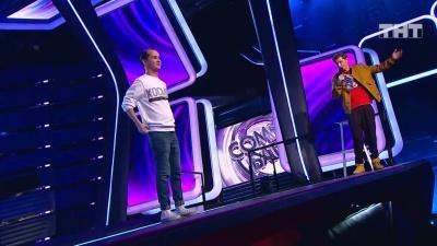 Тюменец с ДЦП попал в финал «Comedy Баттл» на ТНТ. Его шутки про инвалидов понравились Харламову