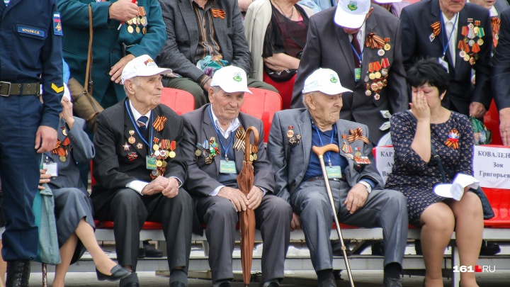 Донские ветераны получат по 10 тысяч рублей в честь праздника