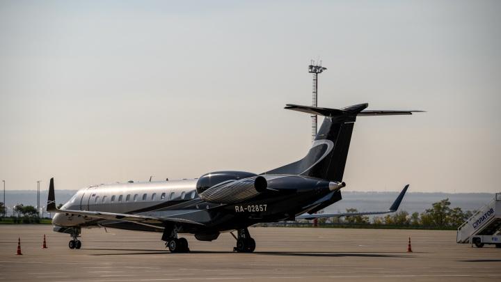 Пассажирку, летевшую из Санкт-Петербурга в Ростов, наказали за курение в самолете