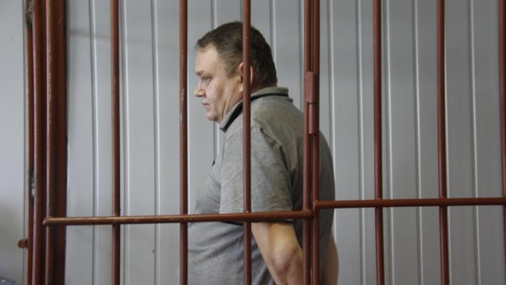 В Колывани начался суд по делу о гибели двоих детей в яме