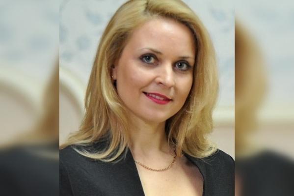 Марина Леонова работает в структурах мэрии с 2009 года, тогда же она стала секретарем главы Орджоникидзевского района Олега Лефтона