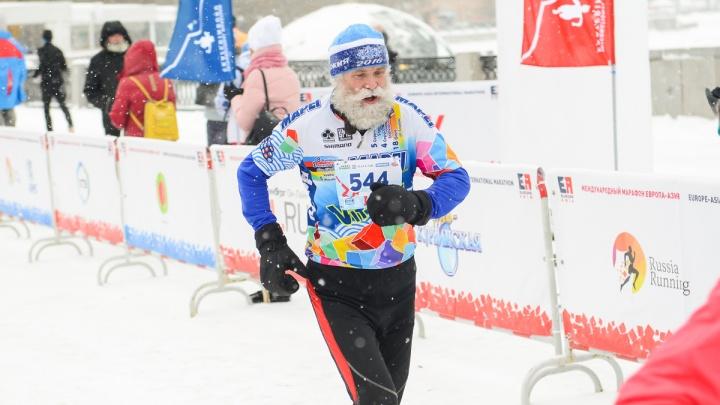 По морозцу налегке: марафонцы побегут по центральным улицам и набережной Городского пруда