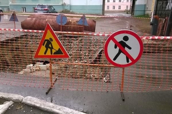 Отсутствие рабочих на месте раскопок не означает, что работа не ведется, говорят в КГК