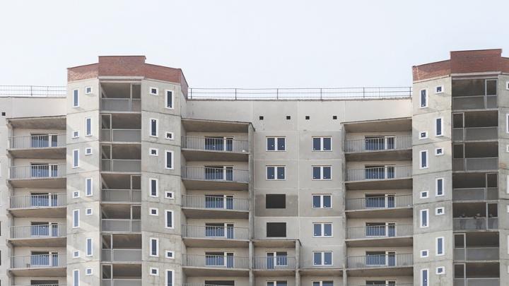 Строительство двух высоток в «Парковом-2» возобновят в конце июля