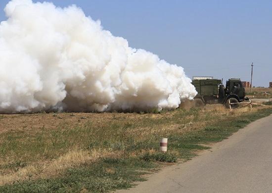 Военные химики спрятали в тумане военный аэродром