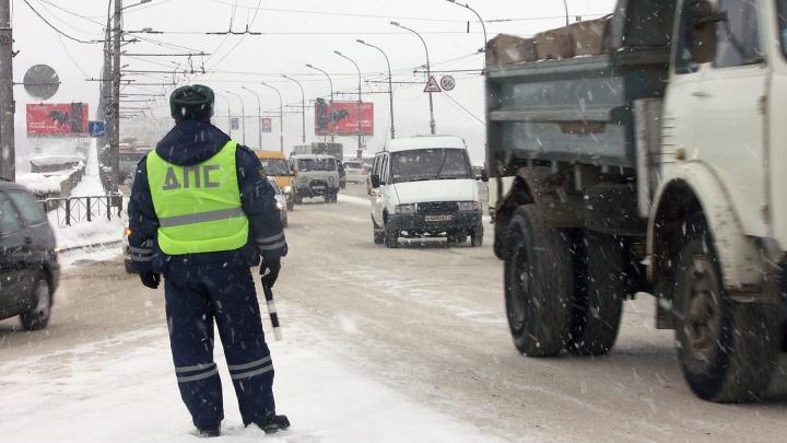Накатил и покатил: автоинспекторы пересчитали пьяных водителей на новогодних дорогах