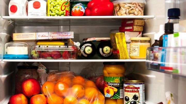Умрут не в своей тарелке: 7 продуктов, которые нельзя хранить в холодильнике