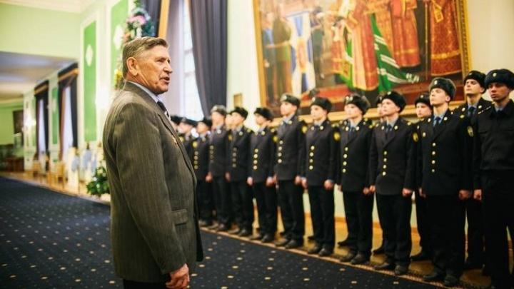 15 екатеринбуржцев взяли в Президентский полк