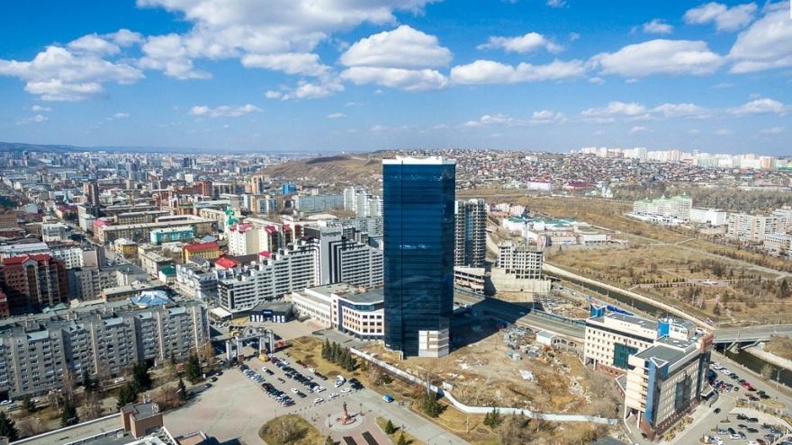Изучаем, как изменилась выручка гостиниц и ресторанов Красноярска во время Универсиады