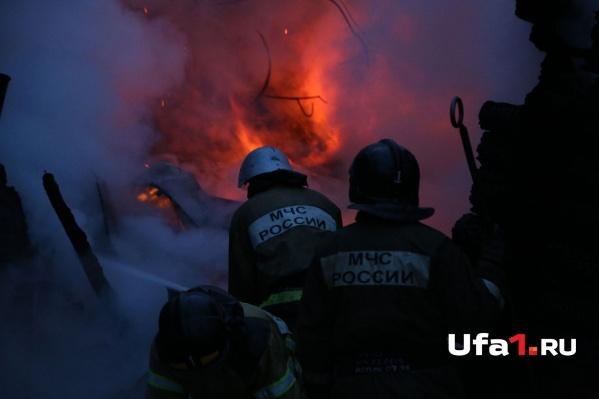 Огнеборцы оперативно справились с возгоранием