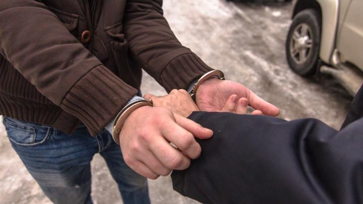 В Самарской области пьяный мужчина выкинул жену с четвёртого этажа