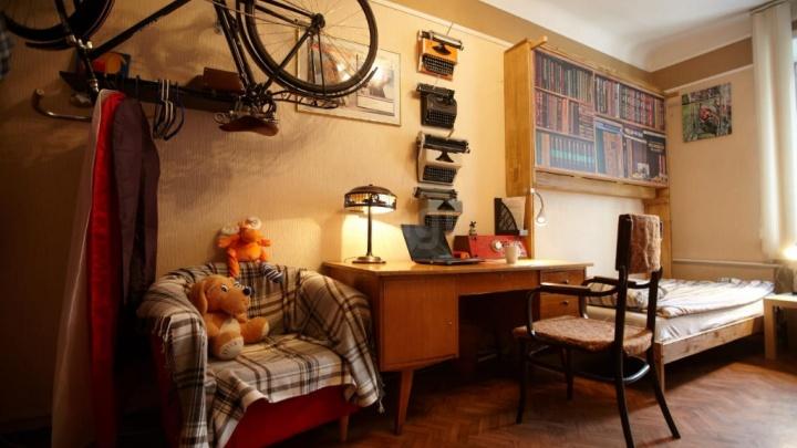 В Новосибирске выставили на продажу квартиру советского писателя