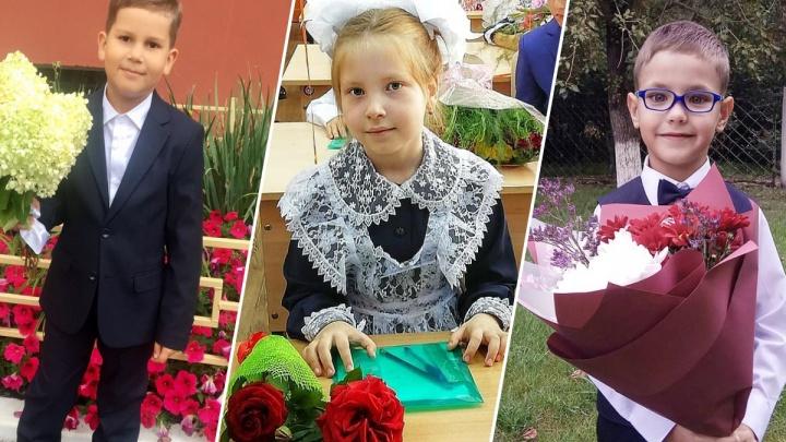 «У кого банты больше?»: любуемся милыми и смешными первоклашками Красноярска