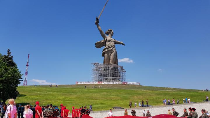 «Горсть памяти»: волгоградскую землю с 700 захоронений передадут в главный военный храм России