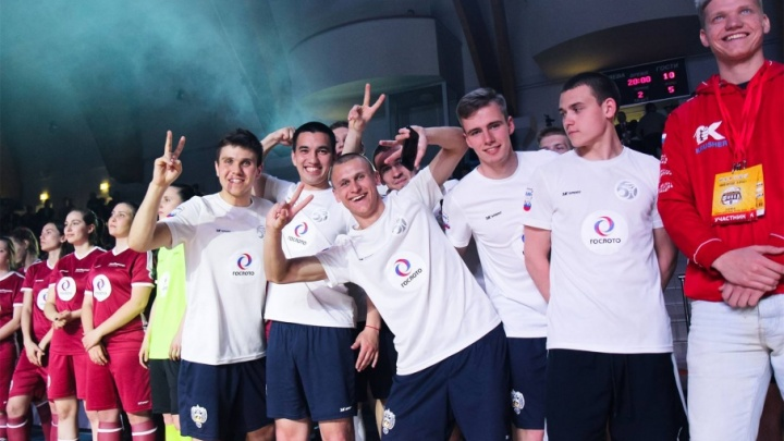 Поставили рекорд: челябинские студенты взяли бронзу турнира по мини-футболу