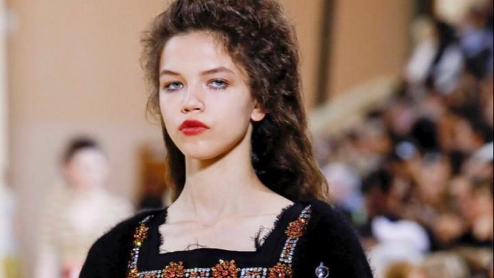 В любой момент могут заменить — конкуренция: архангелогородка вышла на подиум Недели моды в Париже