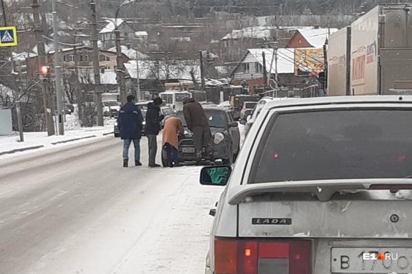 Авария на улице Пархоменко утром 30 октября