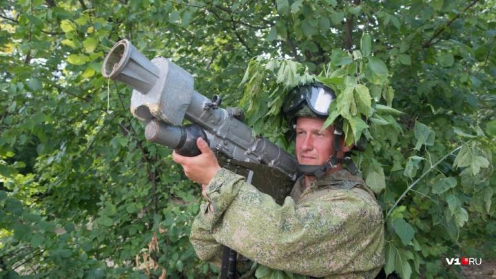 Волгоградские военные устроили стрельбу из 1200 гранатомётов