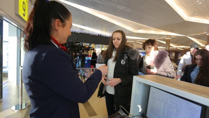 В аэропорту Красноярска усилили контроль из-за китайского коронавируса. От него умерли уже девять человек