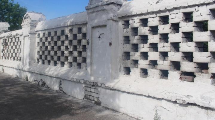 Скандальное Троицкое кладбище признали памятником России