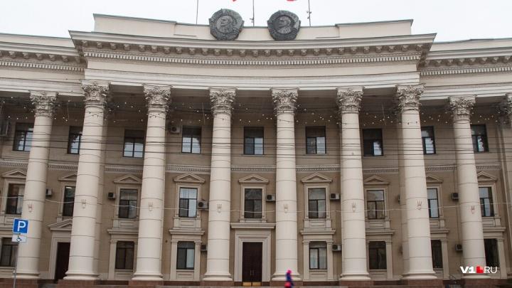 «Жалуются на ЖКХ и законность»: в Волгоградскую областную думу ежедневно приходят три письма граждан