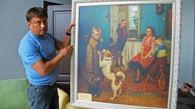 Бизнесмен открыл выставку точнейших копий шедевров Третьяковки под новым колесом обозрения