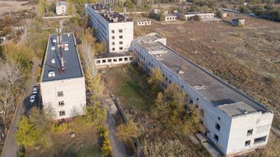 «Днём интересно — ночью чертовщина»: в Волгограде заброшенная 24-я больница открыла свои тайны