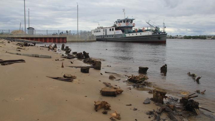 Обитаемые острова: игры на развалинах, яма с химикатами, жизнь без врачей и другой экстрим Хабарки