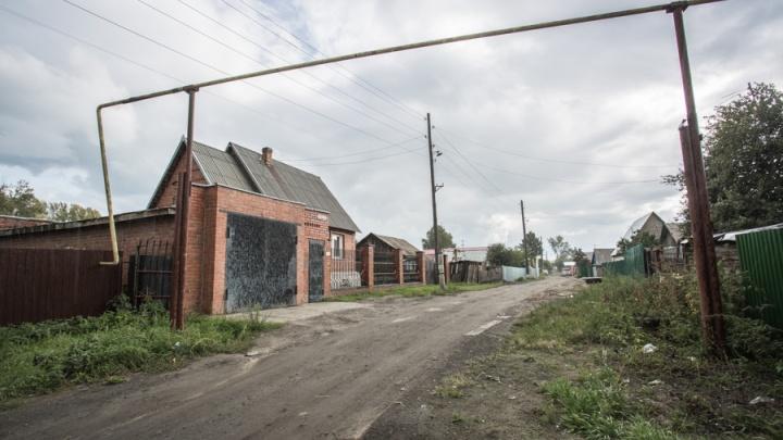 КамАЗ оставил без газа две улицы в Октябрьском районе