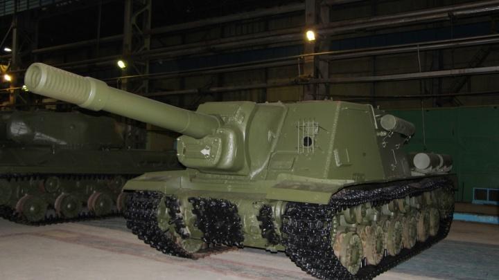 На Омсктрансмаше восстановили два танка временВеликой Отечественной войны