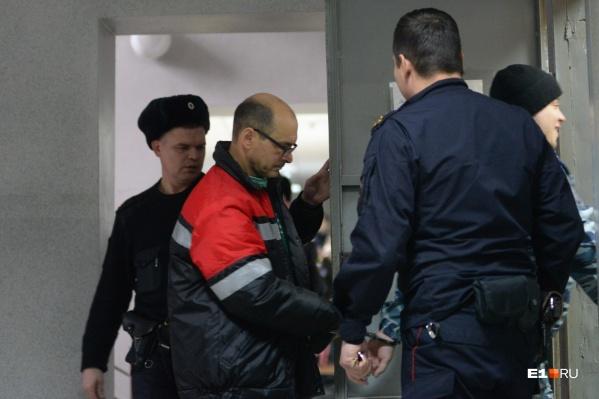 Владимира Пузырева обвинили в том, что он умышленно сбил людей. Но мужчина всё отрицает