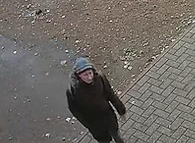 Педофил, который напал на 10-летнюю девочку в уфимском подъезде, попал на камеры видеонаблюдения