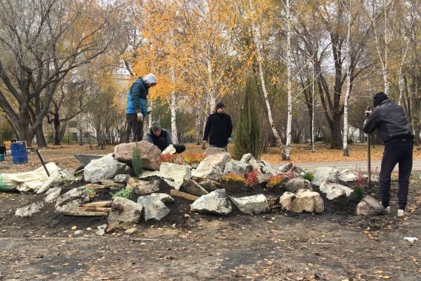 Полностью закончить все работы в парке Победы должны к середине ноября