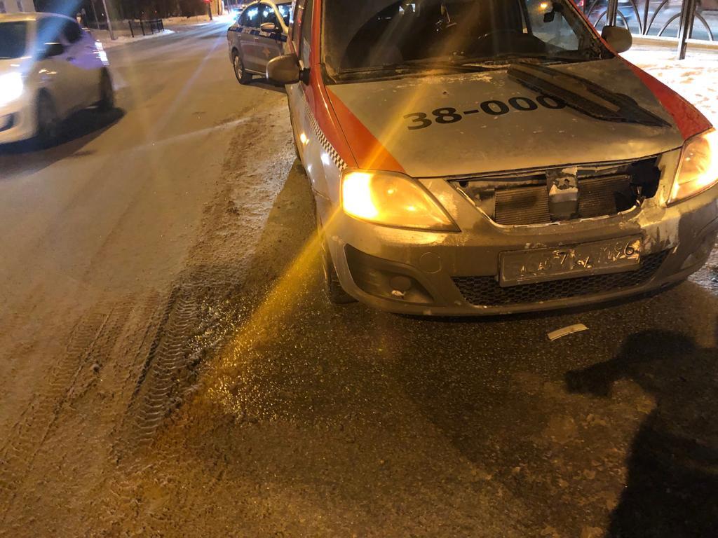 Водитель начал тормозить, но избежать наезда не смог
