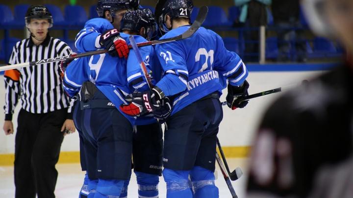Курганский хоккейный клуб «Зауралье» обыграл казахстанский «Горняк» со счётом 4:2