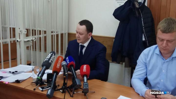 «Людоедам столько не просили»: депутату Волкову дали последнее слово перед приговором. Как это было