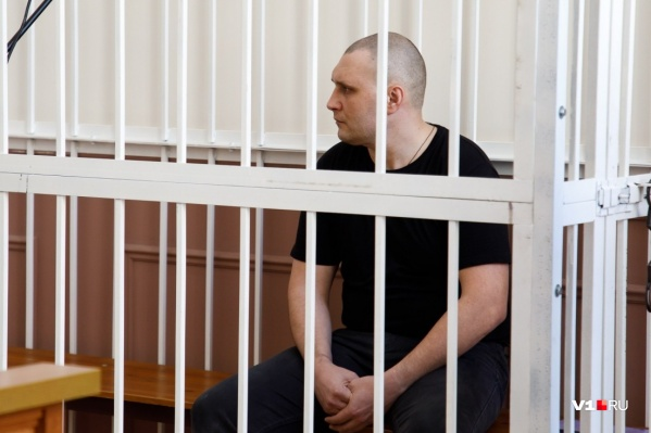 Корреспонденты V1.ru ведут онлайн-трансляцию из зала суда