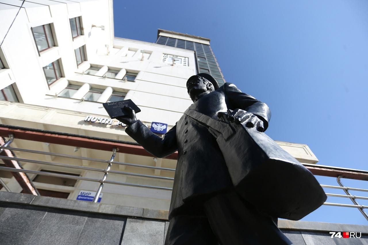 Скульптура явно будет пользоваться популярностью у посетителей здания