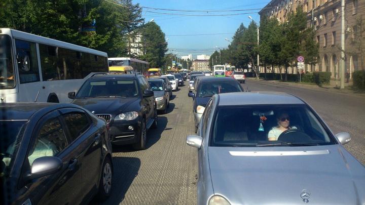 ГИБДД констатировала начало жутких пробок в Красноярске