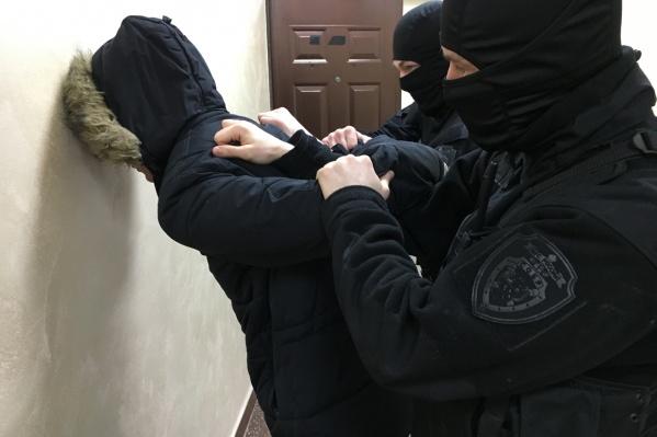 Мужчину задержали сотрудники таможни совместно с транспортными полицейскими