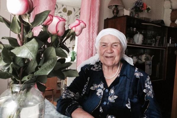 Маме Ульфата Мустафина сейчас 83 года и она воспитала трех сыновей