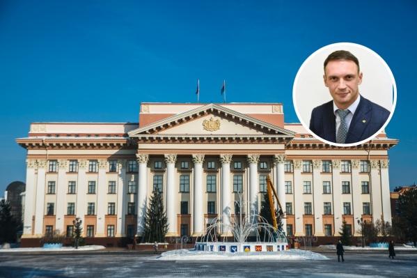 Пантелеев занимает руководящие должности в правительстве с 2010 года