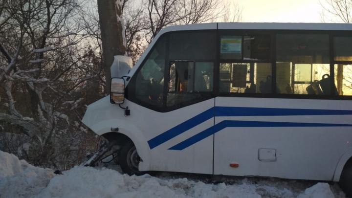 Количество пострадавших в ДТП с маршруткой в Стерлитамаке возросло до 14