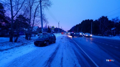 Водитель иномарки устроил ДТП на трассе Тюмень — Омск. Пострадали двое подростков