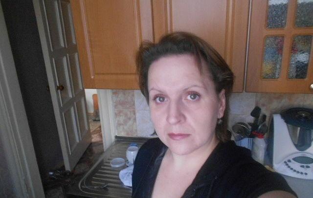 Вышла прогуляться: женщина ушла из дома в Дзержинском районе Новосибирска и пропала