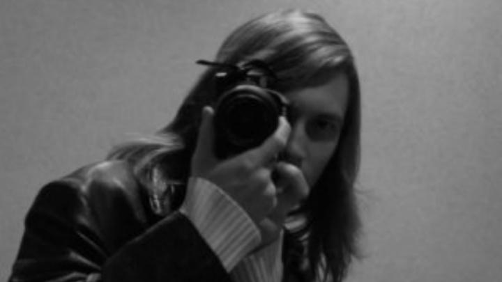 Шантажировал девочку интим-перепиской: сожителю активистки движения «Сдай педофила» вынесли приговор