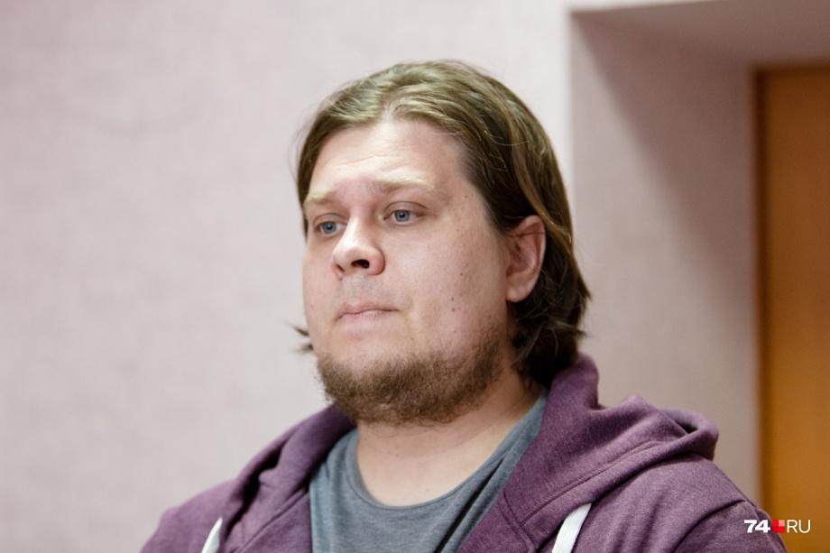 Александр Грузлев неохотно идёт на общение с прессой после разгоревшегося скандала
