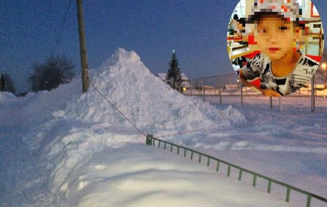 В Башкирии за смерть школьника, которого засыпало снегом, заплатят 100 тысяч рублей